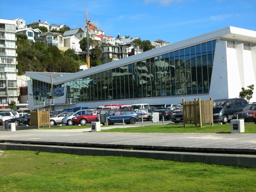 Freyberg pool Wellington swimming pool opening times